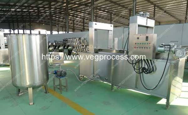 Full-Automatic-Vegetable-Frying-Machine-with-Oil-Tank