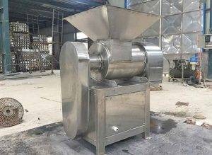 Automatic-Vegetable-Pulp-Beater-Machine