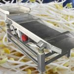 Automatic Bean Sprout Vibrate Sheller Cleaning Machine