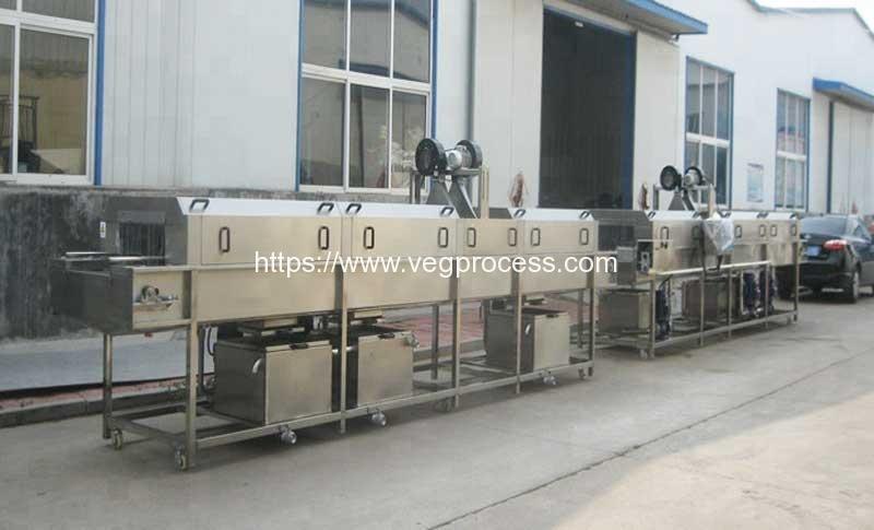 High-Pressure-Water-Spray-Box-Cleaning-Machine
